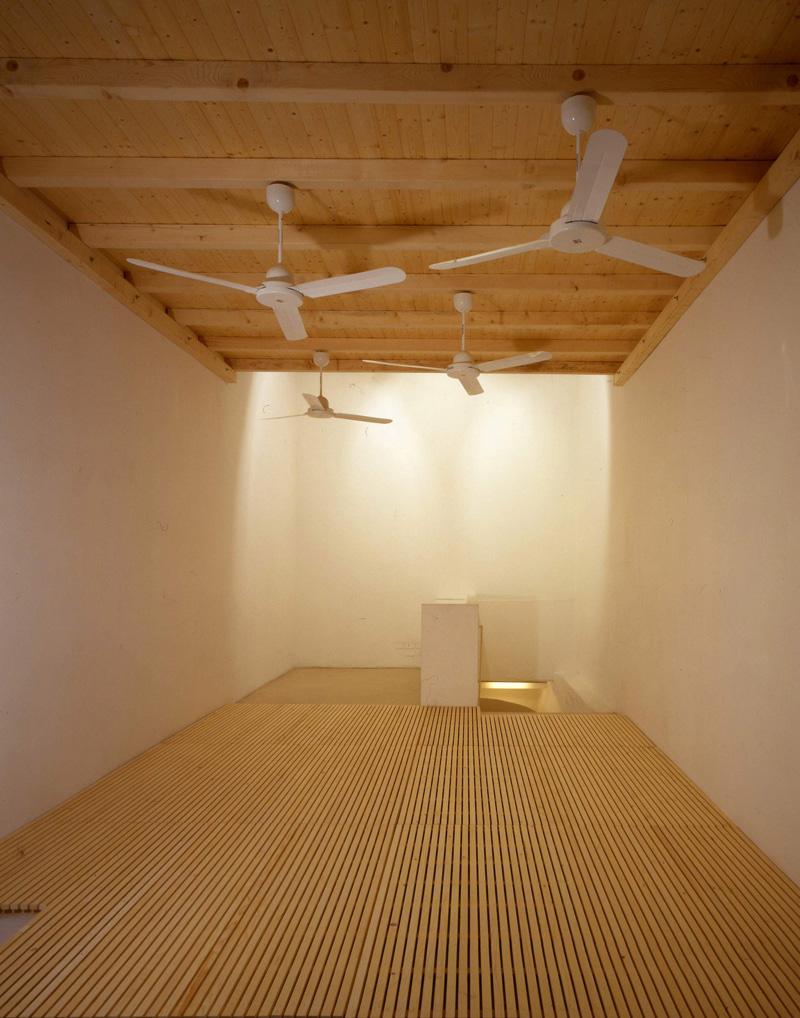 Lorenzo Scotto Di Luzio, Tutto Il Tempo Che Ho Sprecato, 2002, Installation