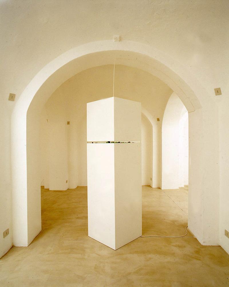 Luca Pancrazzi, Un'ora Di Ritardo, 1998, Mixed Media, 220x62x62 Cm
